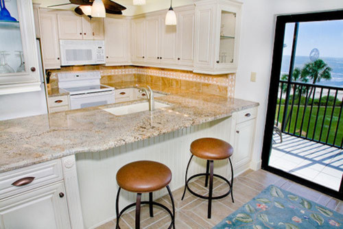 beach-style-kitchen.jpg