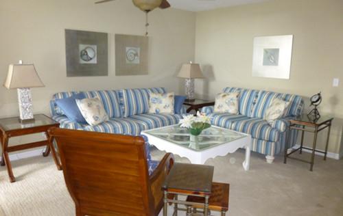 beach-style-living-room-2.jpg