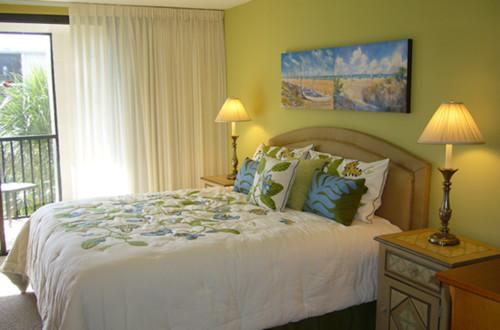 tropical-bedroom.jpg
