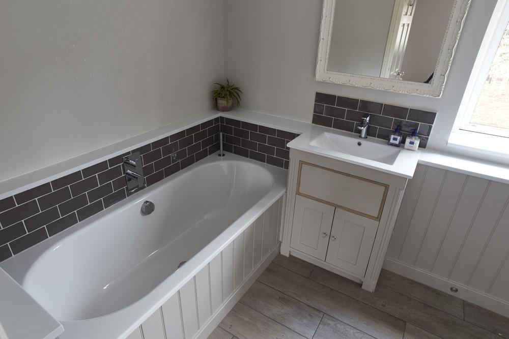 Bathroom_024.jpg