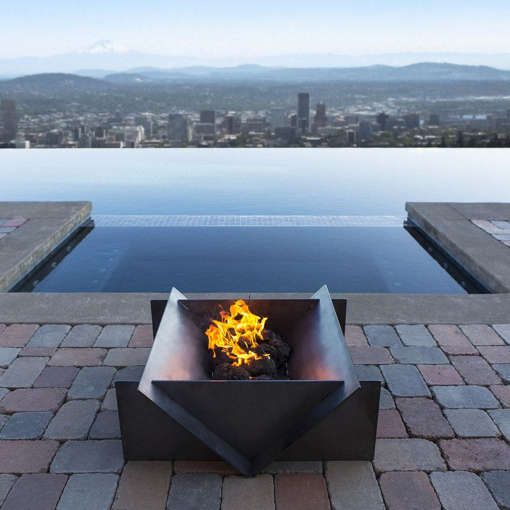 Stahl Firepit - Services: Paid Media, Research & Analytics,SEO