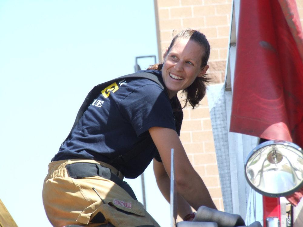 Aug 2011 Live Burn Training - A Shift 40.JPG