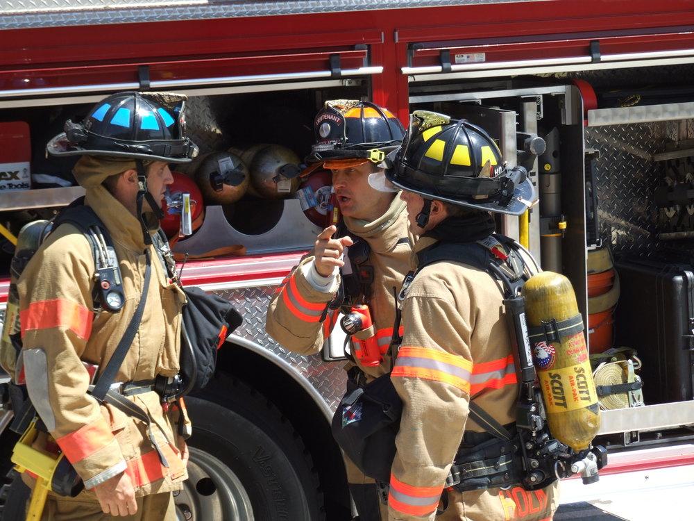 Aug 2011 Live Burn Training - C Shift 84.JPG