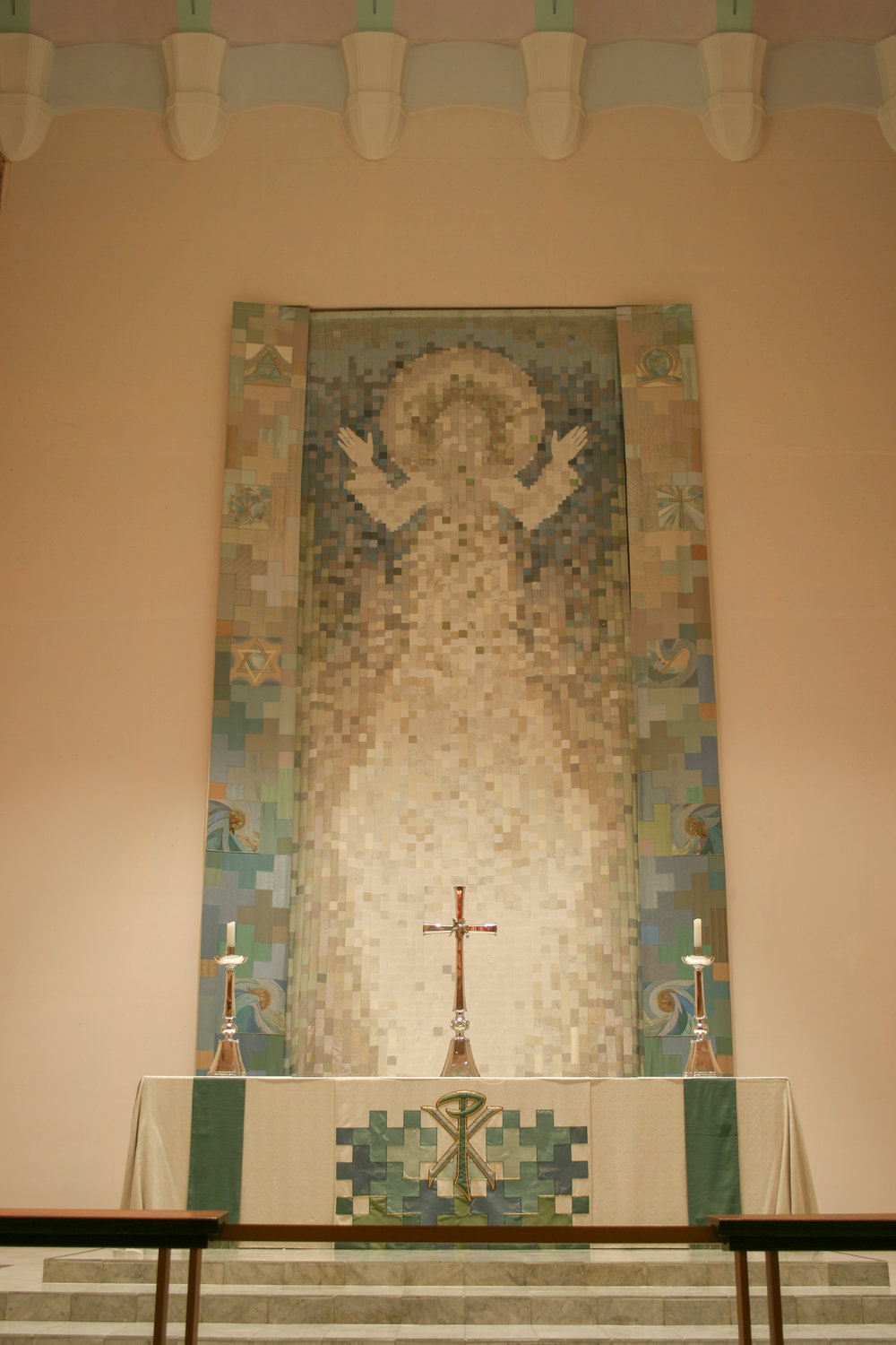 high-altar-and-dossal.jpg