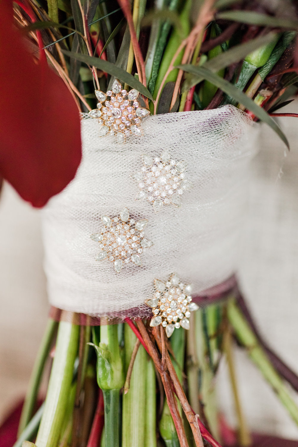 Tulle and rhinestone brooch bouquet handle