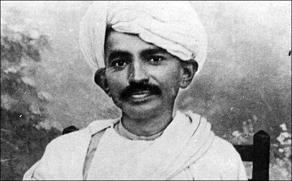 Gandhi-in-Turban-2-600x372-border.jpg