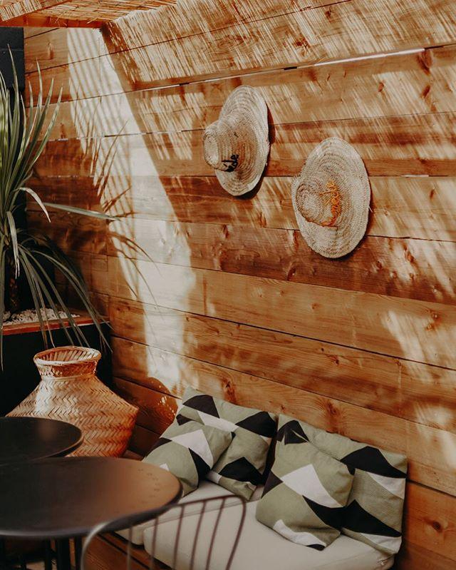 Chaaallleeeuuurrrr 🔥 #hotsummer #marseille #guesthouse #happyplace #decoration #decorationinterieur #southoffrance 📷 @maelysizzo