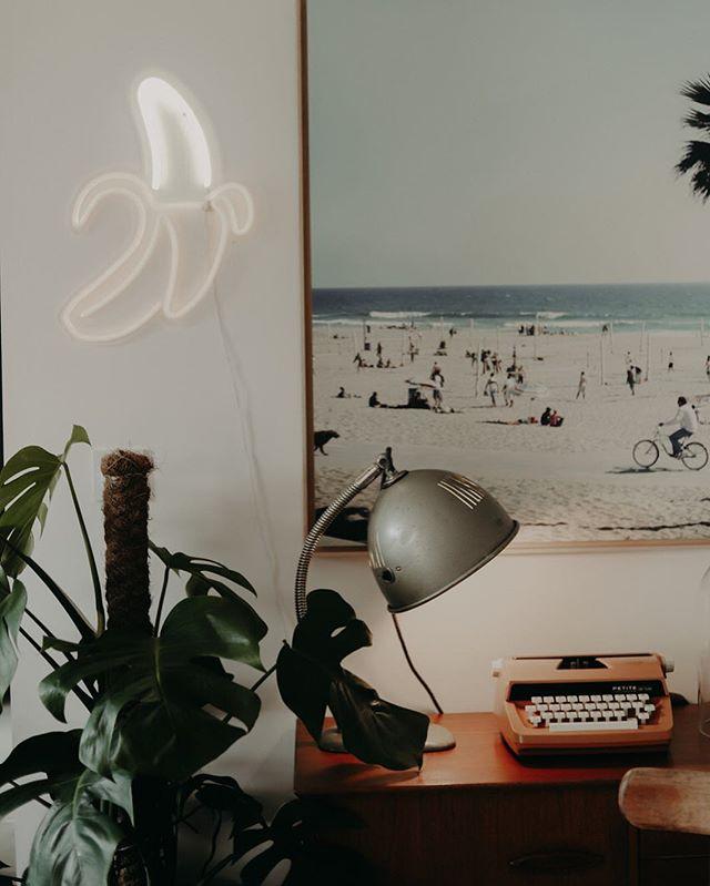 Détails 👀 #decorationinterieur #homedecor #insidedesign #photography #guesthouse #marseille #monstera 📷 @maelysizzo