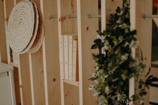 Se reposer, lire... bon week-end🙏🏻 #marseille #guesthouse #decorationinterieur #beautifuldestinations #kidsfriendly #familytime #taketime #breathe 📷 @maelysizzo