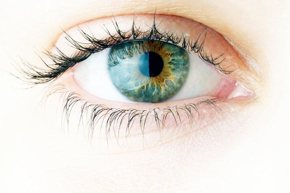 iStock-155232770-Lasik-Eye-.jpg