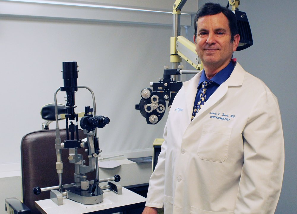 Dr. Matthew Hecht at South Bay Laser Eye Center