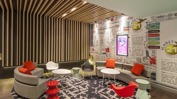 bis_Lounge.jpg