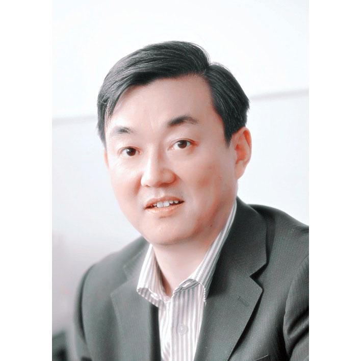 ZhouXiaoNong-prof.jpg