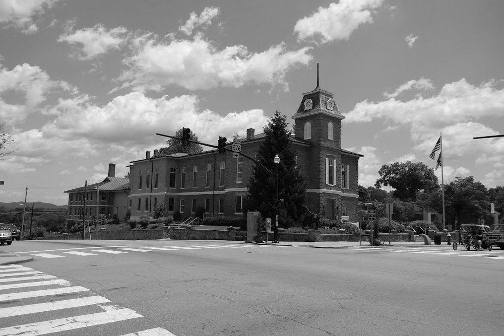 Transylvania_County_Courthouse_-_Brevard,_NC_1.jpg
