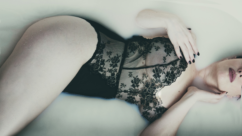 Creative Beauty and Boudoir - Let's make SEXY!