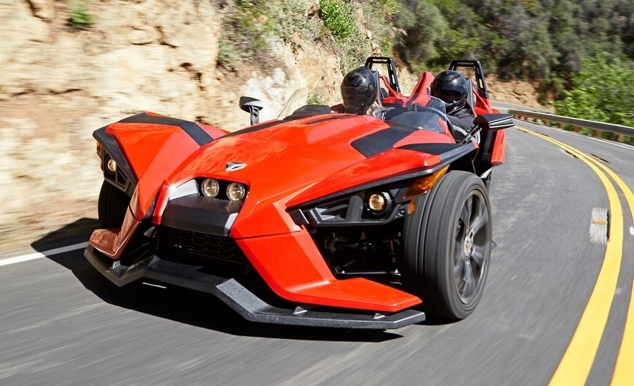 polaris-slingshot-first-drive-review-car-and-driver-photo-655402-s-original.jpg