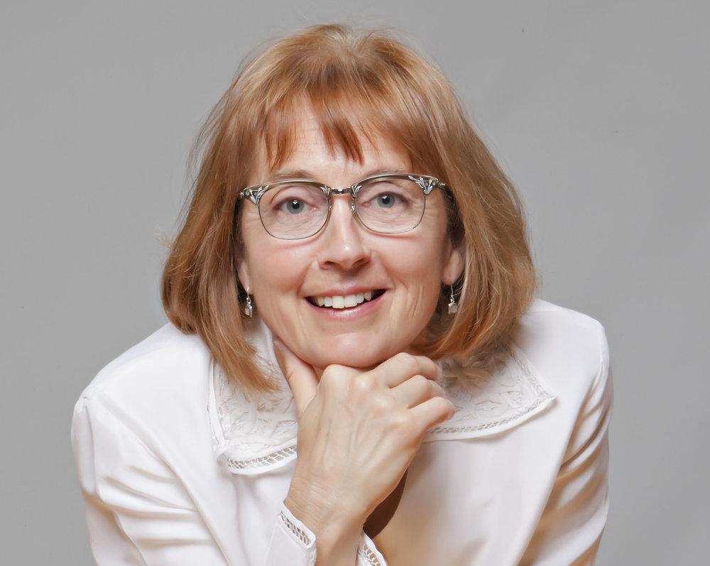 Lois_portrait.jpg