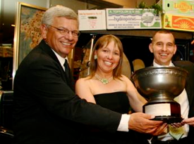 dean an shez trophy.png