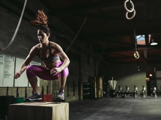 CrossFitMentana-woman-Box-Jump-560x420.jpg