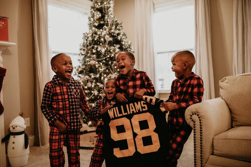Boys Christmas 117 (1 of 1).jpg
