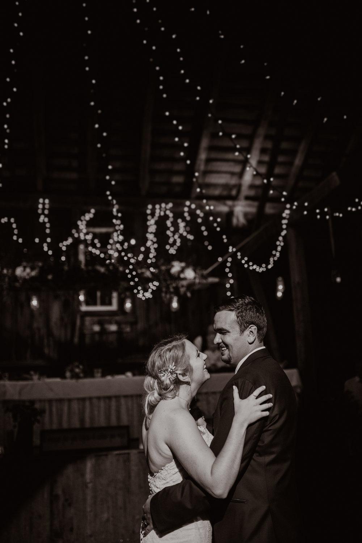 Caitlin + Dan Wedding 220 (1 of 1).jpg