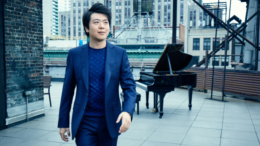 Lang Lang \ Credit: Robert Ascroft