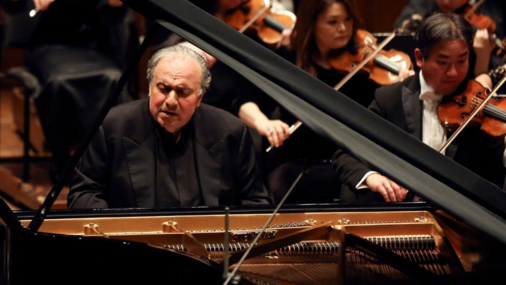 Yefim Bronfman. Photo credit: Caitlin Ochs for The New York Times.