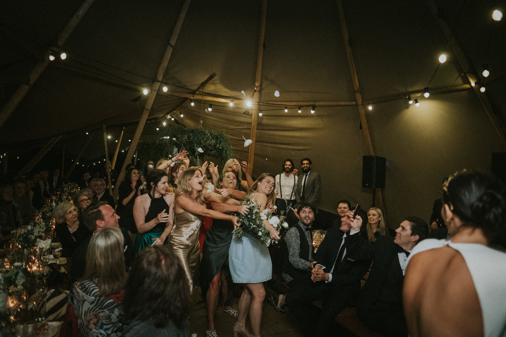xandereliza0648_crabbes_creek_wedding_b.jpg