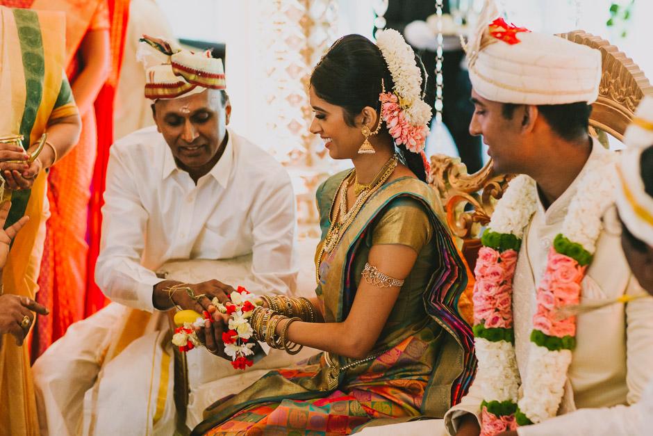 SaraniyaVishnu0602c.jpg