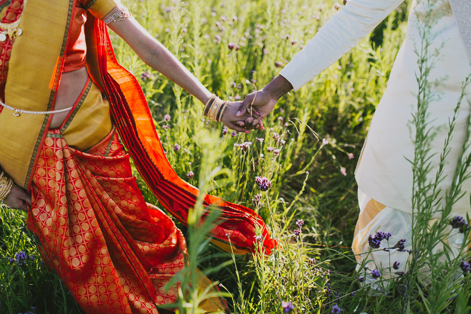 SaraniyaVishnu0944c.jpg
