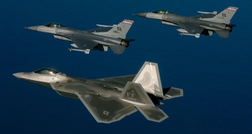 F-16-F-33_med.jpg