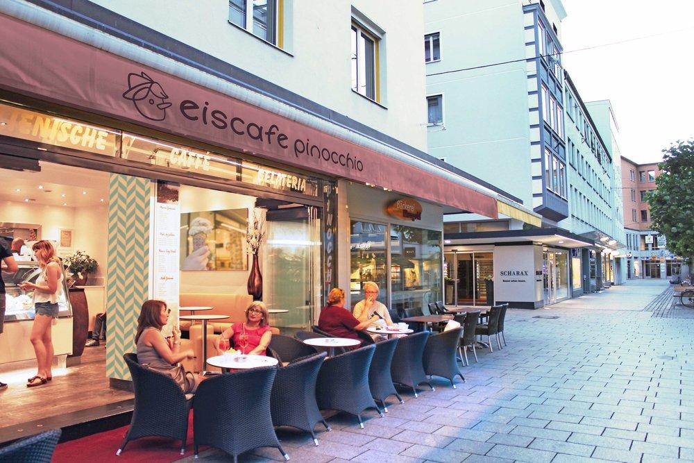 Eiscafe Pinocchio Storefront
