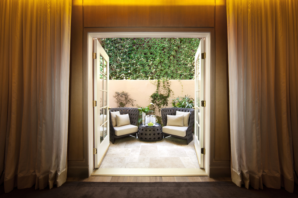 Relaxation-Lounge-outside-seating.Hotel-Bel-Air-Spa-by-La-Prairie-11.png