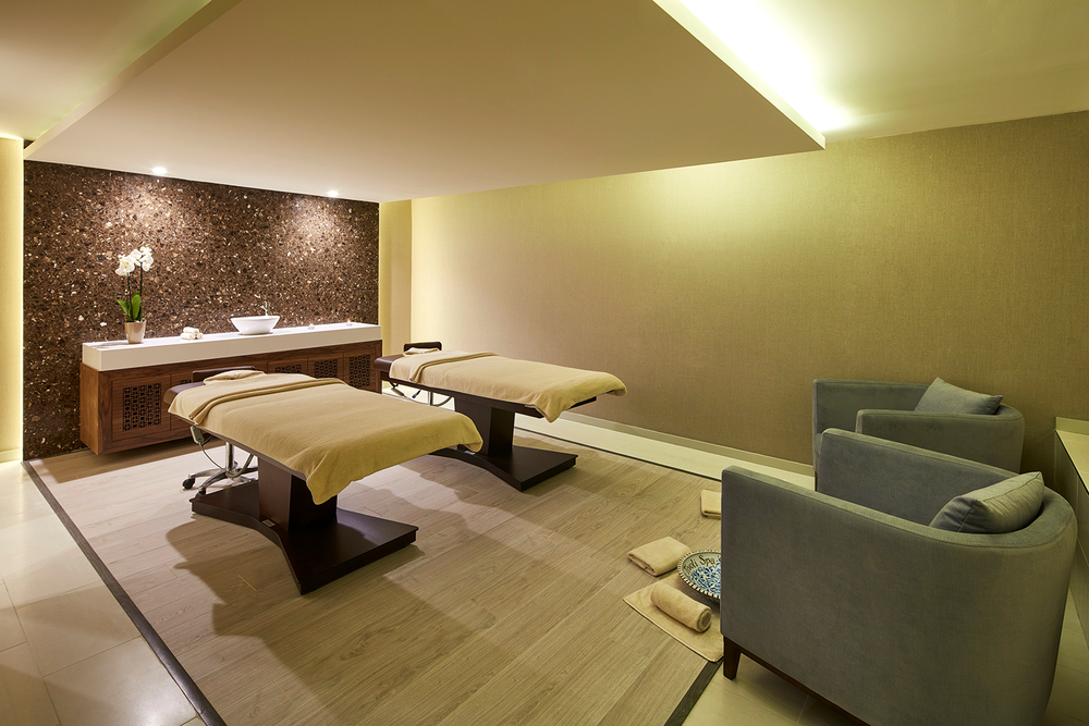 The couples' treatment room.