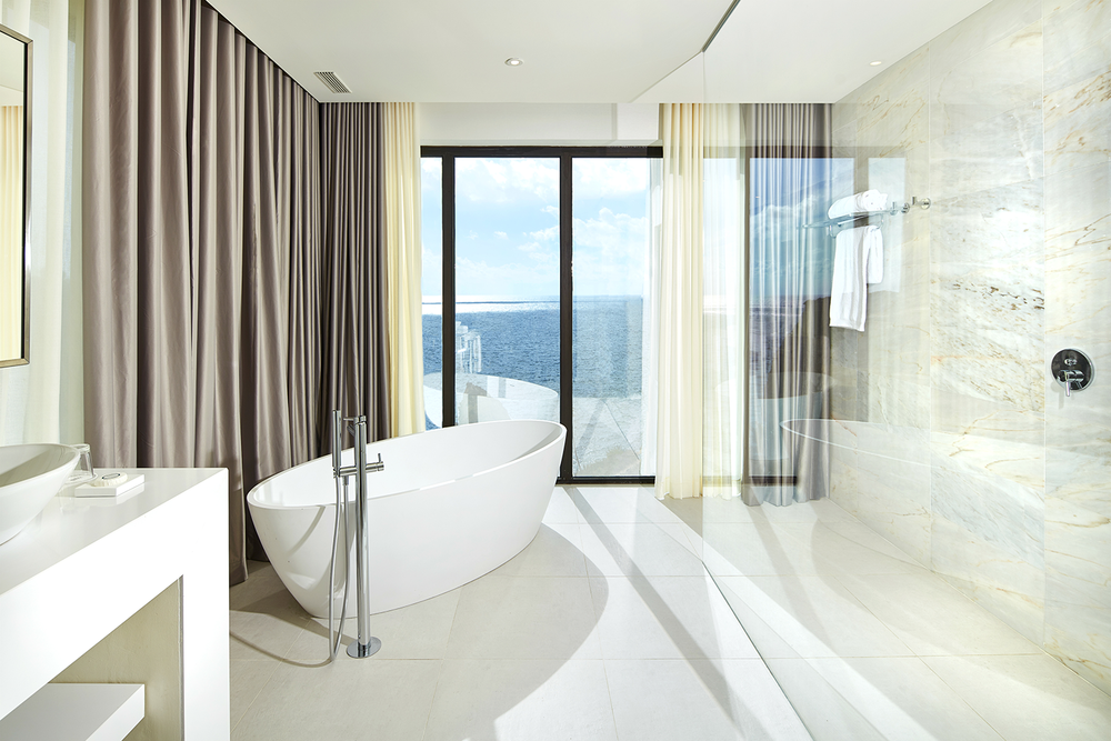 Tivoli-Carvoeiro_Executive-Suite-(3).png