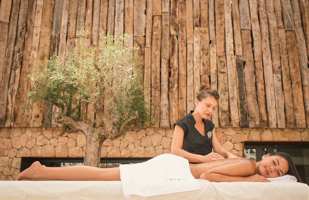 HRH-Massage-Outside.png