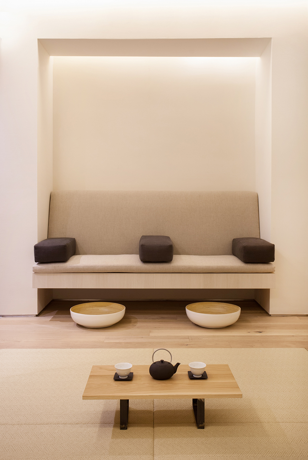 Couples' treatments include a Detox Foot Soak.