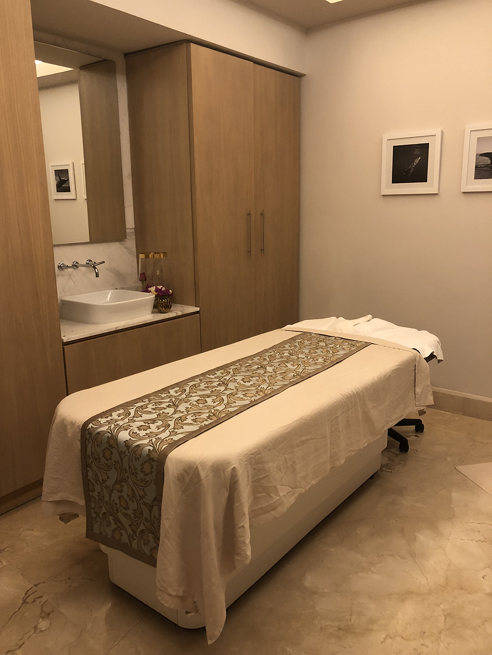 One of the 25 treatment rooms at BLANCSPA.