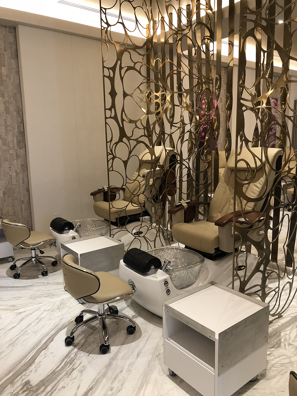 The spa also has a full-service beauty salon.