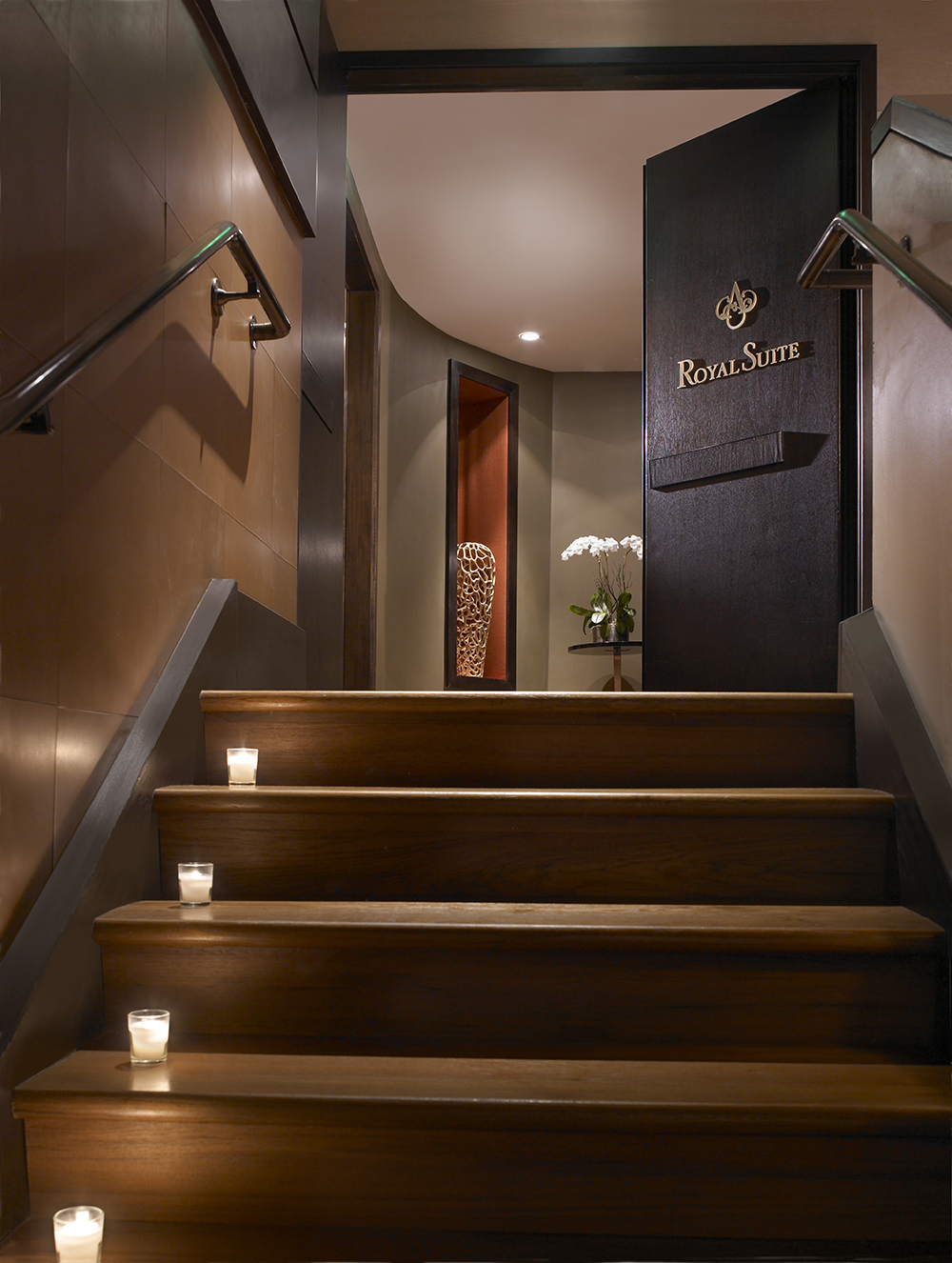 entry royal spa treatment suite.jpg