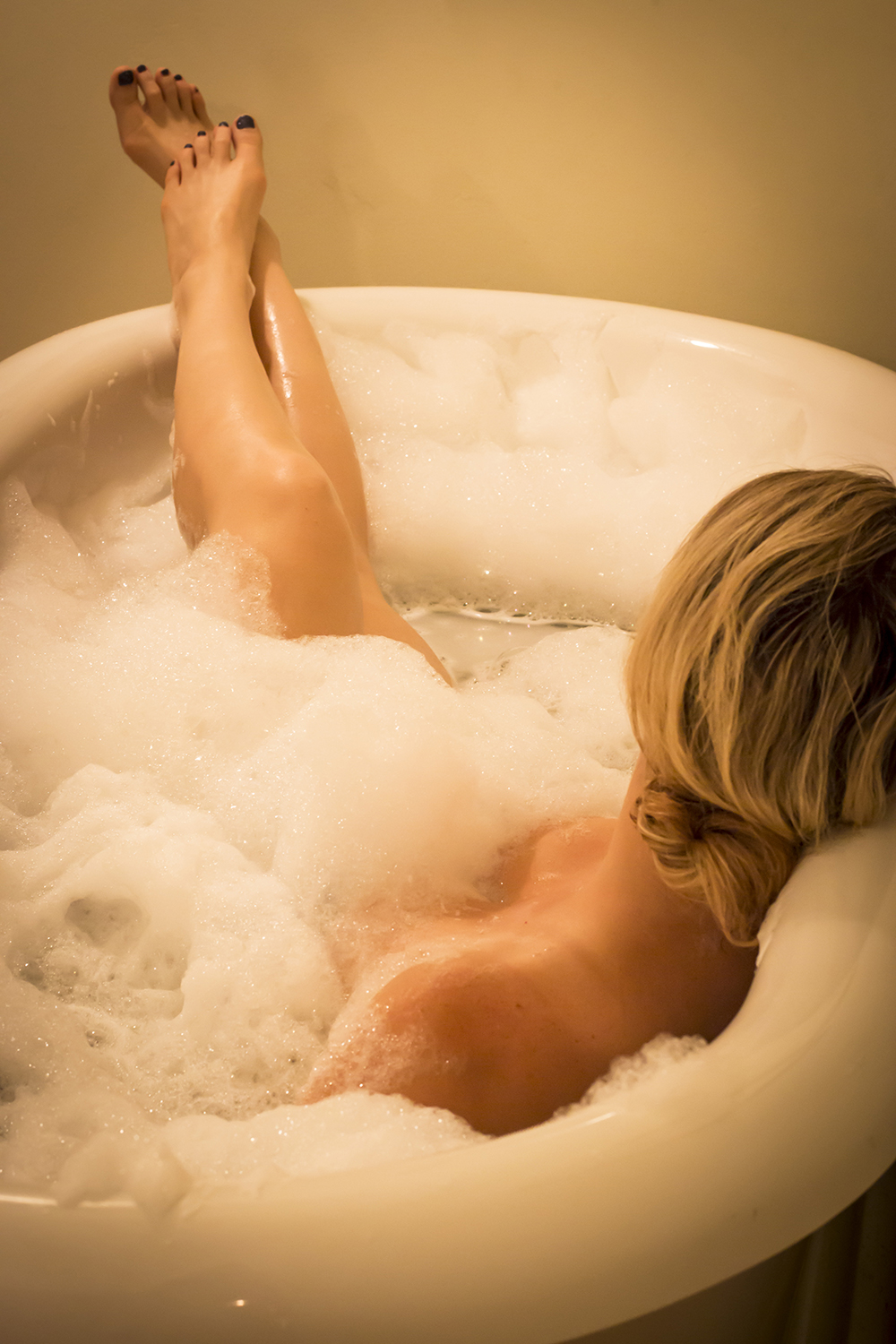 The Saddle Sore Soak pampers tired muscles and joints  in a jetted tub prior to the massage.