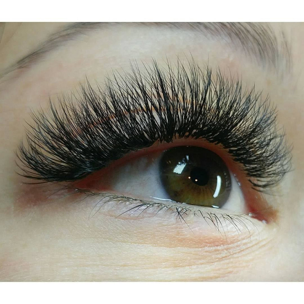 Lash extensions by Bridgette Browning