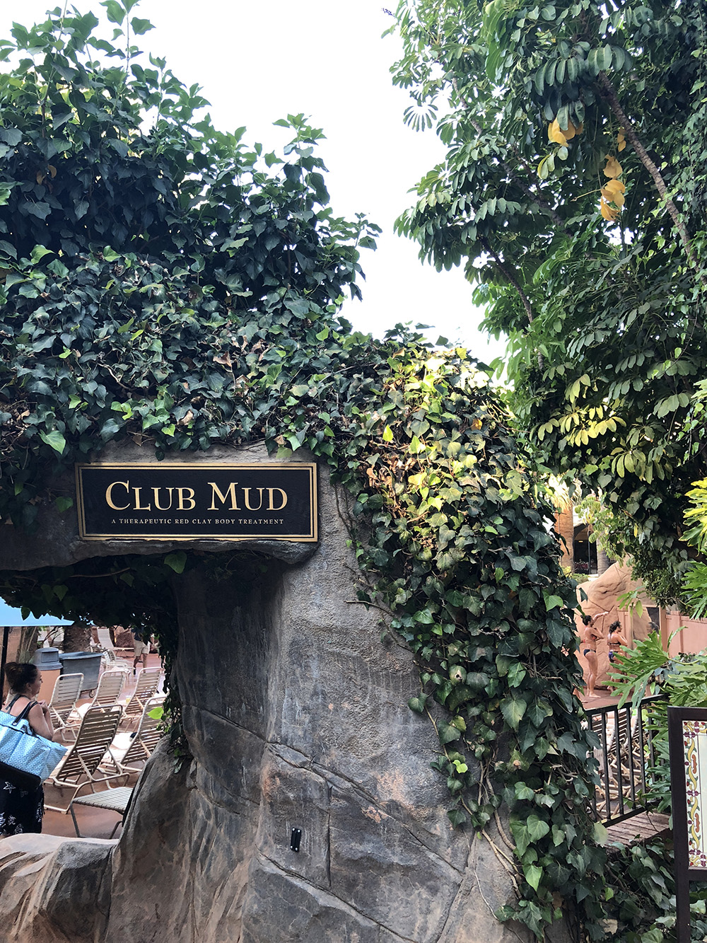 Club Mud is open all day and the red clay draws out skin impurities.