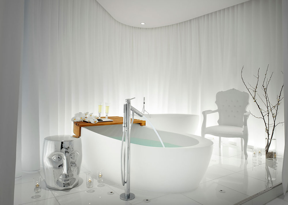 The luxurious couples suite at Ciel Spa.