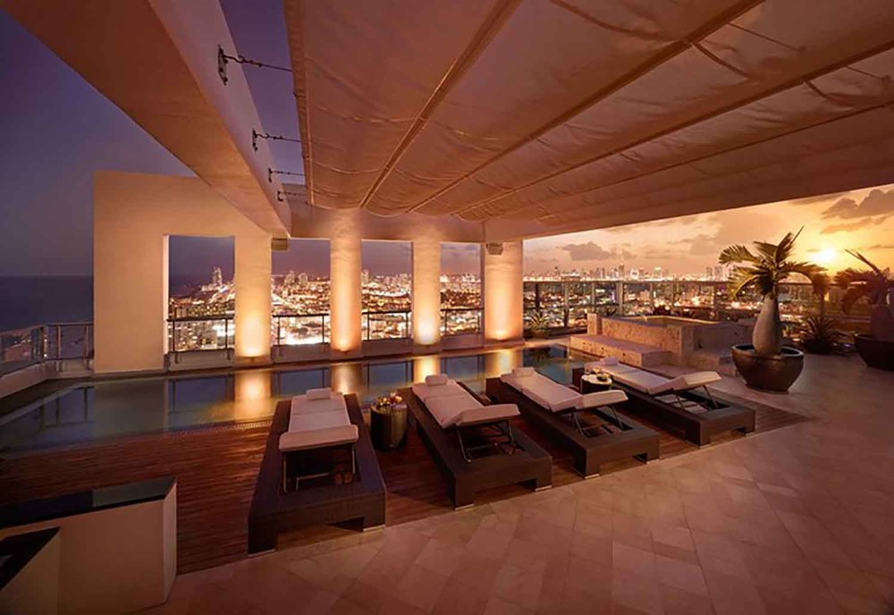 Couples will enjoy romantic views at The Setai, Miami Beach.