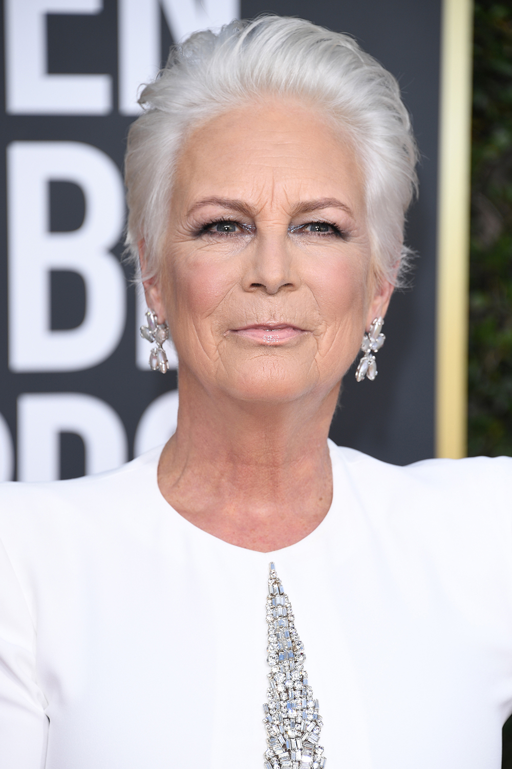 The actress looked stunning on the red carpet at the 2019 Golden Globes.
