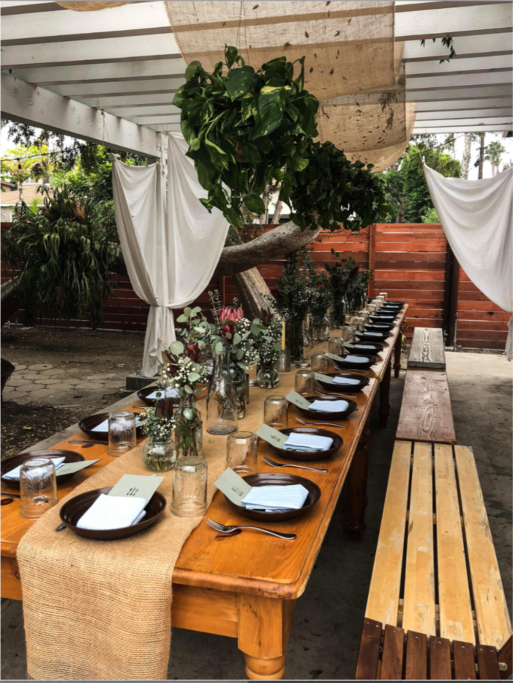 Explore the power of Mediterranean cuisine, plants and herbs over a zero waste plant-based dinner with tonic pairings and live music. [Image courtesy of Goldthread]