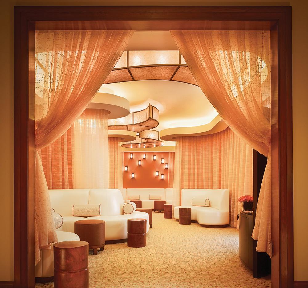 Women's lounge at Lantana Spa.