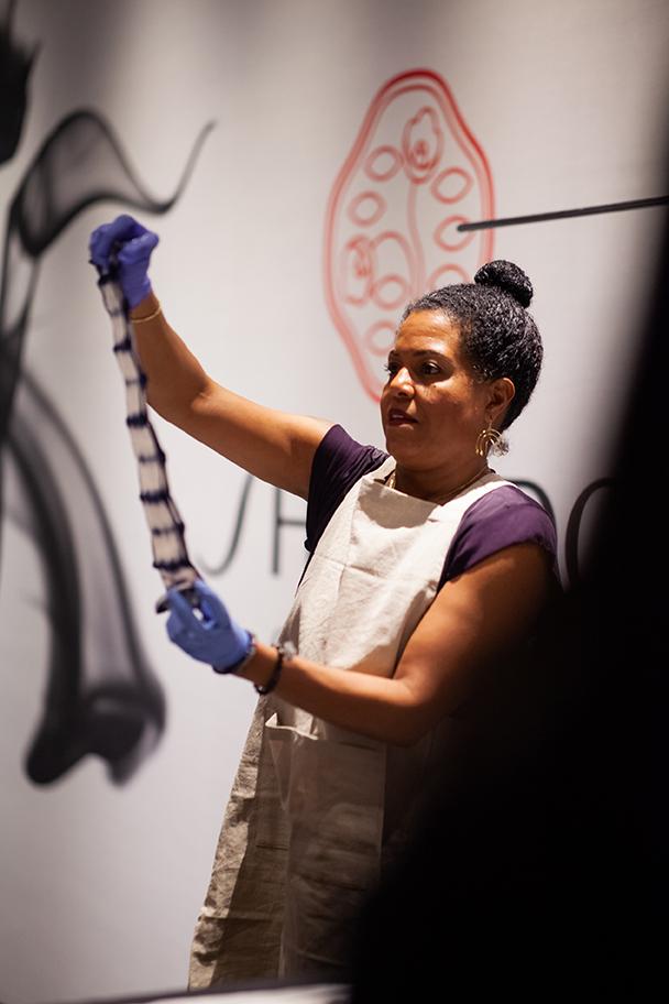 Shibori Dye demonstration by Lisa Silvera.