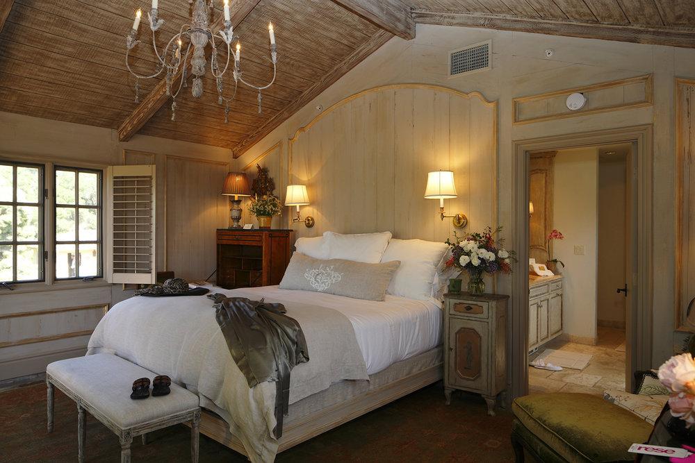 room suite.jpg